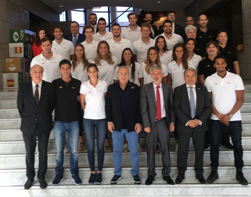 Recepción en el COE de la selección Española de Waterpolo Femenino y Masculino (RFEN) Medalla de Plata en Gwangju 2019